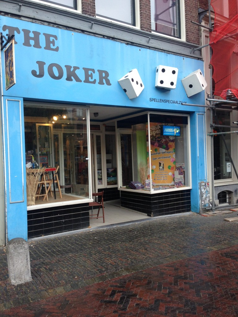 Joker had plenty of boardgames, seemed to be the only one selling MtG-singles (although I wasn't really looking for them).